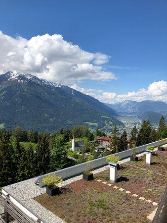 Mosern, Østerrike: Aussicht vom Zimmer ins Tal
