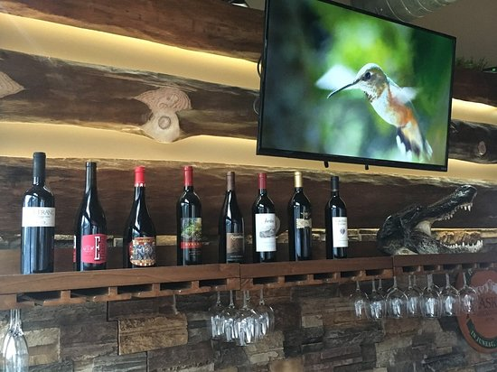 Ketchikan Crab & Grille: Fabulous wine selection