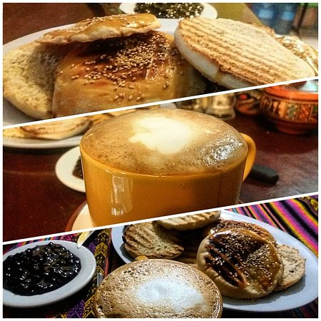 La Esquina Resto Bar Coffee: COFFE WITH MILK, WITH TOASTED BREAD