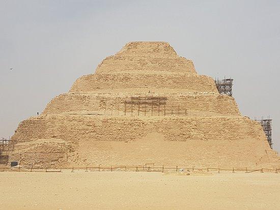 萨卡拉金字塔群照片