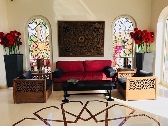 Fort Arabesque Resort, Spa & Villas : Private reception for Villa Guests and serves as entrance to The Pavillion if you upgrade.