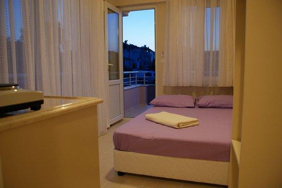 Avsa Pera Motel Picture
