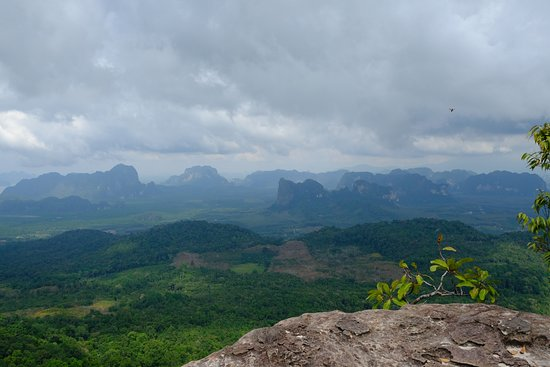 Tab Kak Hang Nak Hill Nature Trail: Les panoramas vertigineux