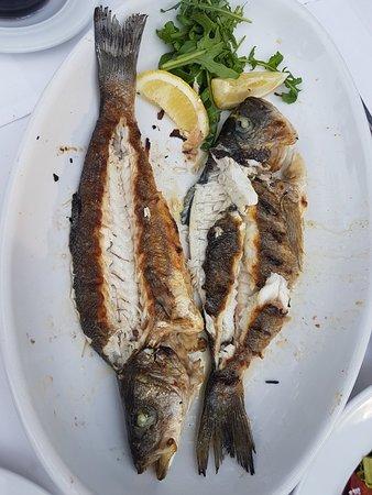 Restoran Gusari: Fish platter for 2 was really good