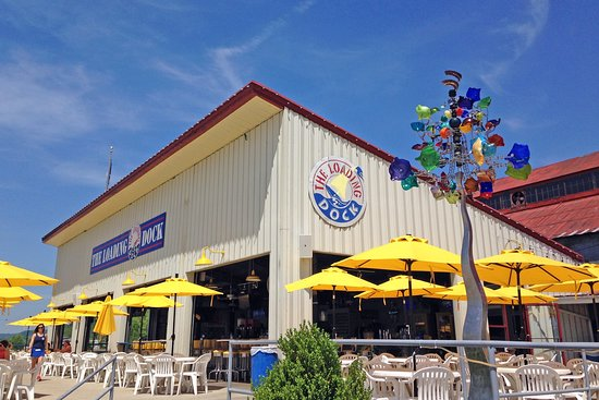 The Loading Dock Bar and Grill : Umbrella tables galore