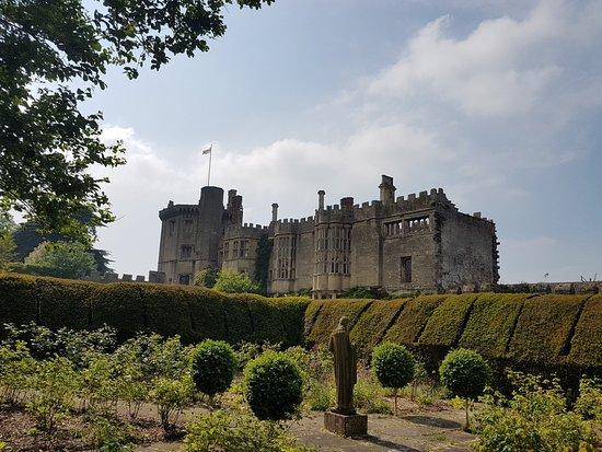 Thornbury Castle and Tudor Gardens Φωτογραφία