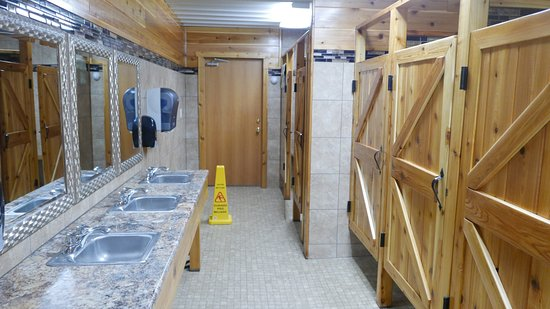 Egg Harbor, WI: Bathroom