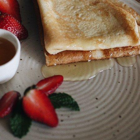 Blinnaya - The Russian Kitchen: Blin - Honey & Butter