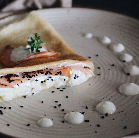 Blinnaya - The Russian Kitchen: Blin - Imperial Gold