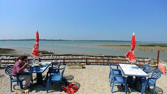 Bar à  huîtres billeau: Déjeuner face à la Seudre