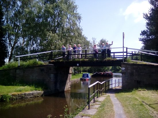 Kittywake Canal Cruises: Some of my group on the bridge at Crooke Hall.