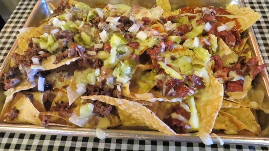 SLAB BBQ & Beer: nachos
