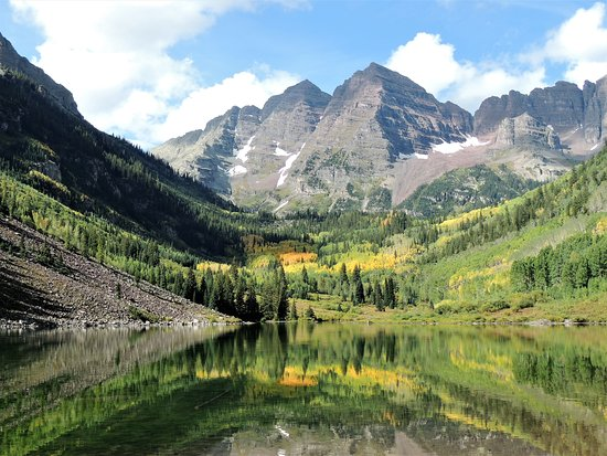 The Maroon Bells Picture Of Maroon Lake Scenic Trail