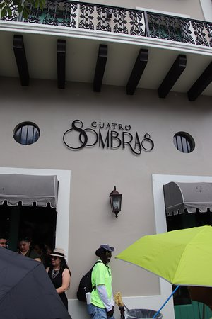 Flavors of Old San Juan Food Tour: Cuatro Sombras (Coffee and Sandwich)