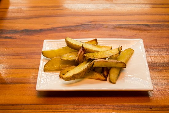 Stue Bar - Charmy, Easy, Food: Batatas rústicas