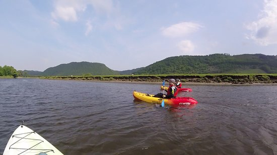 Kayaking with Adrenalin Addicts
