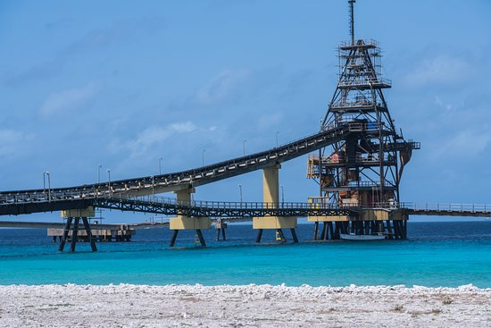 Bonaire Photo Shoot : The salt loading pier next to the salt ponds