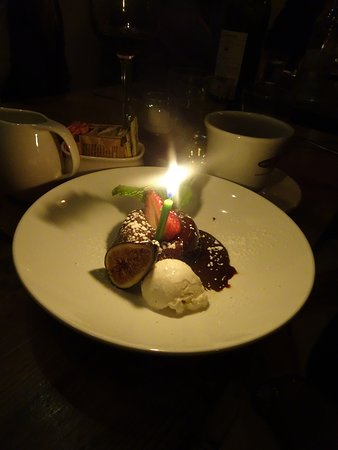 Scarsdale, NY: chocolate molten cake