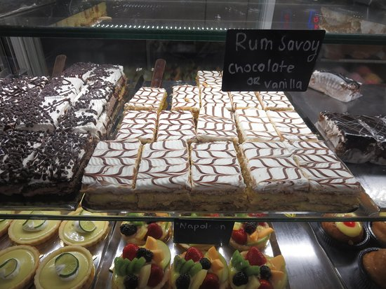 Modern Pastry Shop: Choose