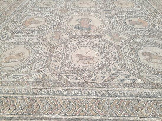 Archaeological Museum of Sevilla: Mosaico romano.
