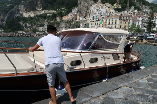 Amalfi Coast Boat Experience: from Sorrento to Positano, Li Galli, Rotonda and Castelletto: Pickup in Amalfi