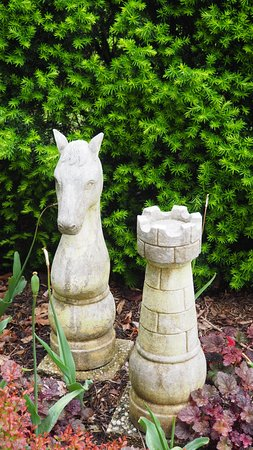Ladew Topiary Gardens: knight and rook