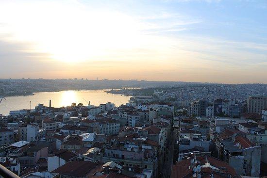 Galata Tower: Стамбульский закат