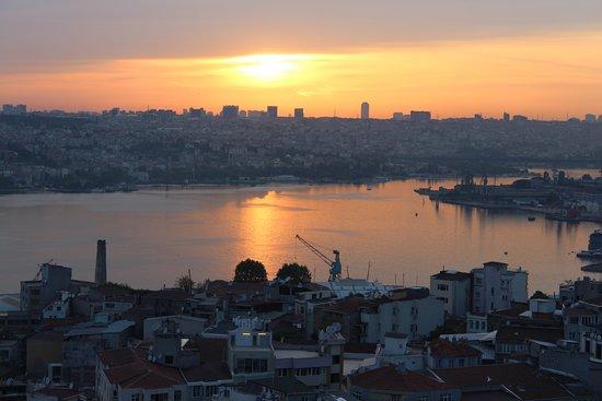 Galata Tower: Закат с Галатской башни.