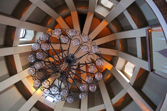 Galata Tower: Вот так выглядит купол башни изнутри....