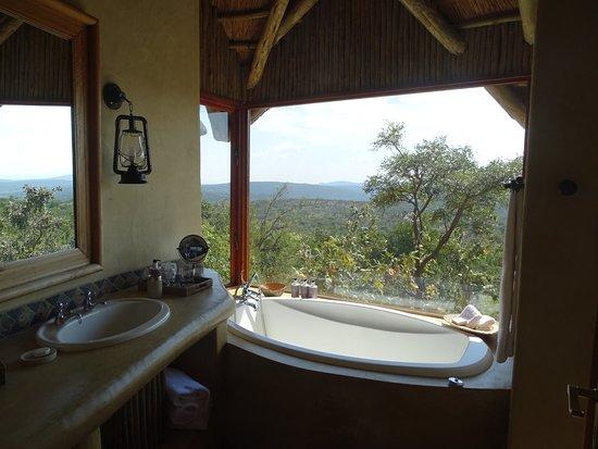 Welgevonden Game Reserve, Güney Afrika: Nasszelle mit Blick in die Natur