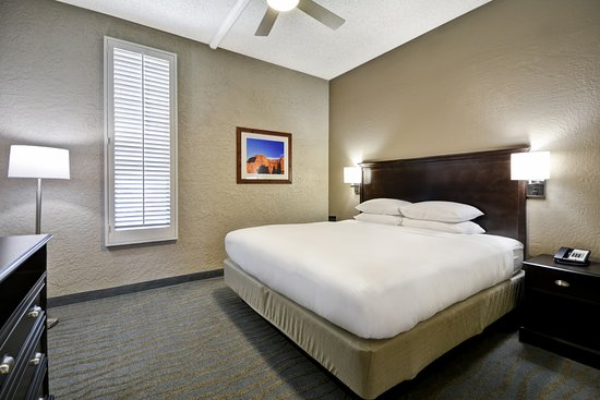 DoubleTree by Hilton Phoenix North: 1 Bedroom, 2-Room with Patio