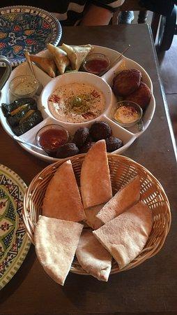 Nofretete Cafe' Restaurant: Sharing Platter for 2
