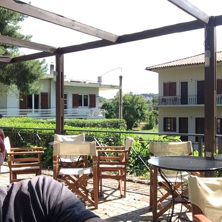 Hotel Avaton: Pics of this highly recommended hotel a mile to Epidavros and a mile to Ligourio for a variety o