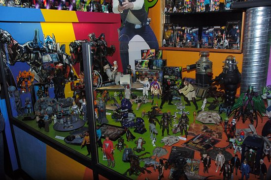 Toy and Action Figure Museum: Lost in Space