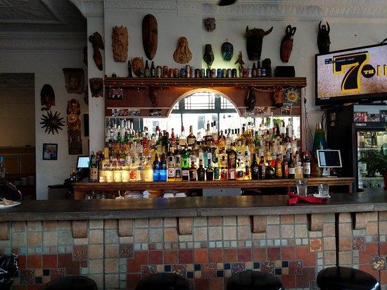 La Dolce Vita : Bar