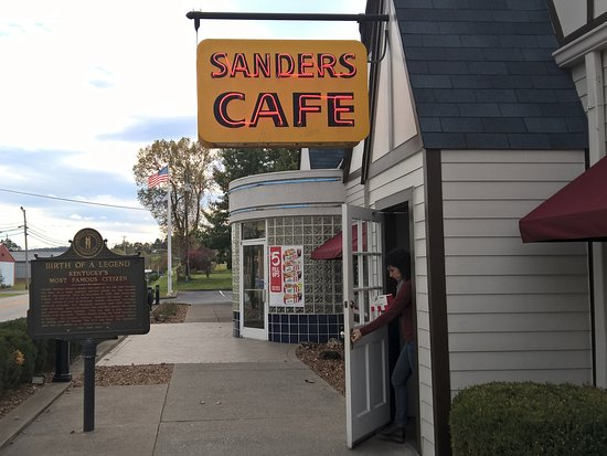 Harland Sanders Cafe and Museum: Poor excuse for a museum