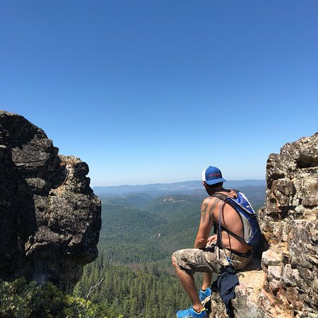 Amazing View From Cougar Rock
