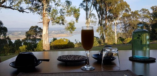 Dilston, Australia: The River House
