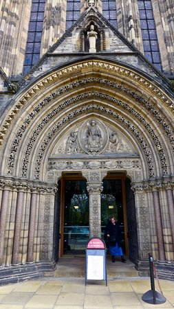St. Mary's Cathedral: Carved Entrance