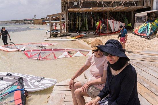 Bonaire Windsurf Place: Our better halves hatching a plot