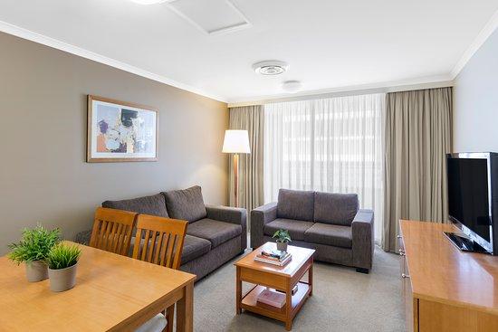 NESUTO CANBERRA APARTMENT HOTEL - Reviews & Price Comparison