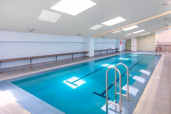 Nesuto Canberra Apartment Hotel: Indoor Lap Pool