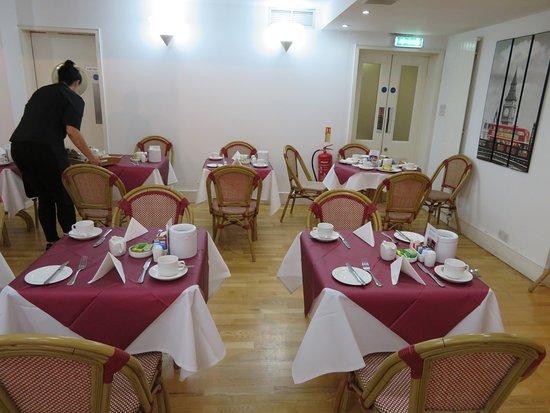 The Darlington Hyde Park : Breakfast Dining Room