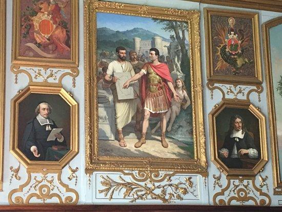 Hotel de Ville: Paintings in Meeting Room