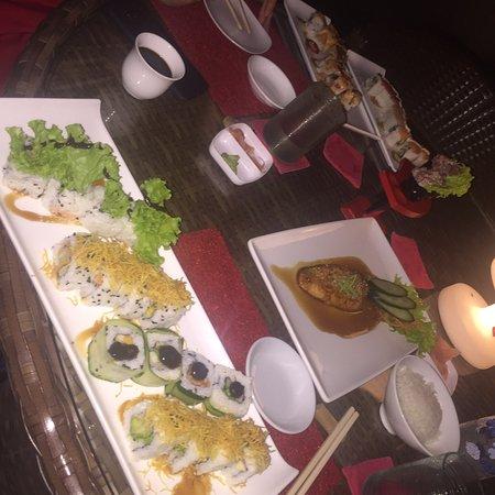 Rouge Restaurant, Bar & Lounge Photo