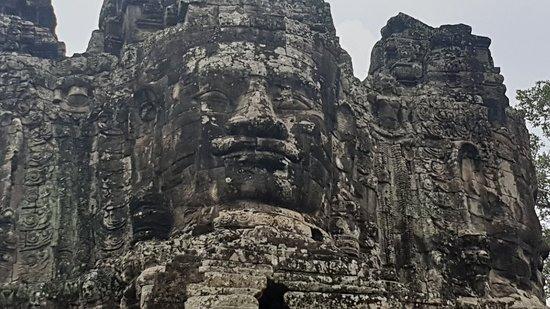 巴戎寺照片