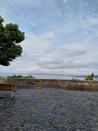 Bracciano, Italie : The views from the Bastione