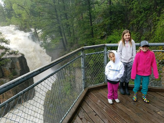 Bighorn National Forest : Shell Creek Falls cranking