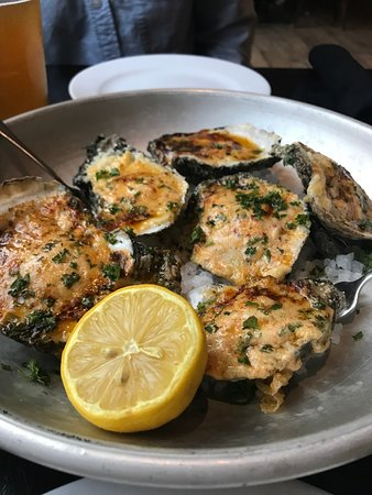 The Manship : wood-fired oysters