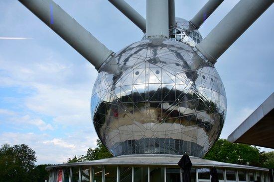 原子球塔照片